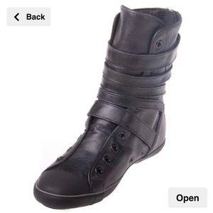 Converse All Star XHI leather multi strap boot